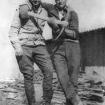 4ммг Тути Вася Костевич и Юра Валькович на строительстве казармы