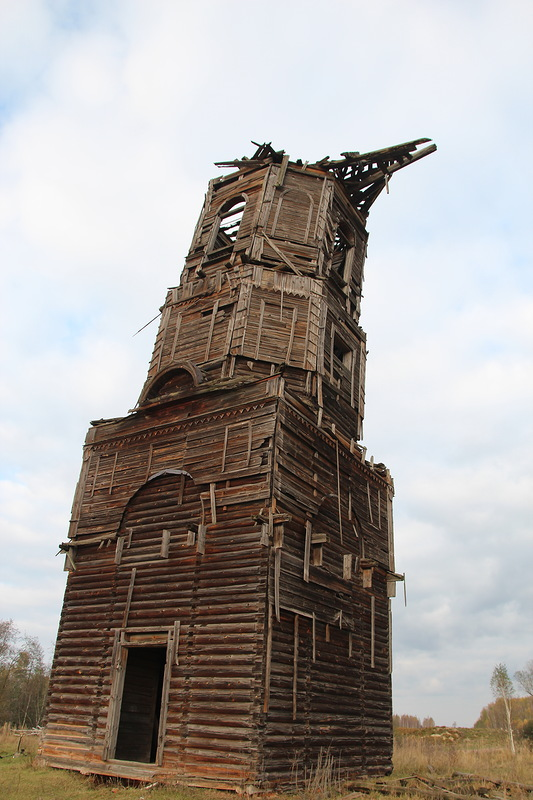 Колокольня церкви Благовещения Пресвятой Богородицы